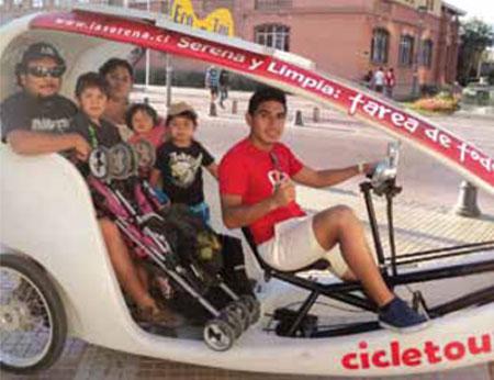 Taxis ecológicos traídos desde China recorren La Serena